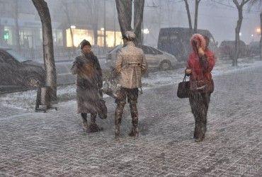 Синоптики попереджають про сильне похолодання в Україні: вдарять 25-градусні морози