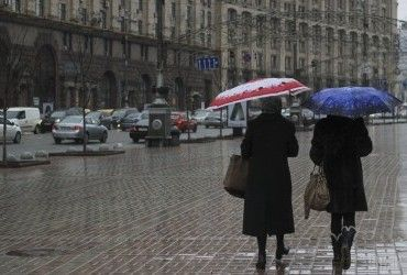 В Киеве завтра пройдет дождь, температура днем до +10°