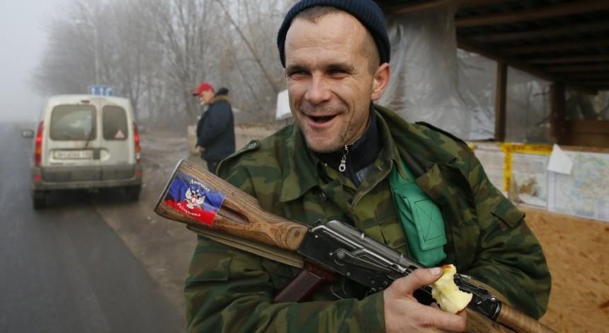 На оккупированном Донбассе у боевиков массово изымают паспорта - штаб АТО