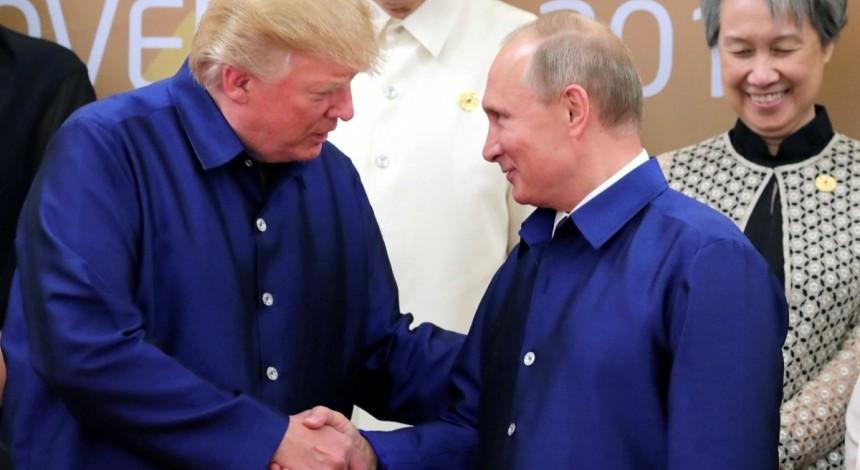 Путин заявил о намерении провести сегодня телефонный разговор с Трампом