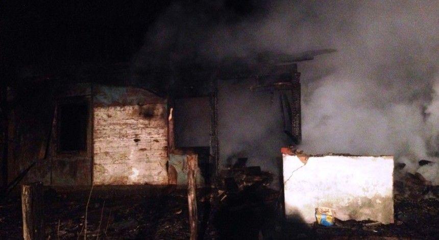 У Житомирській області на пожежі у приватному будинку загинули мати й син