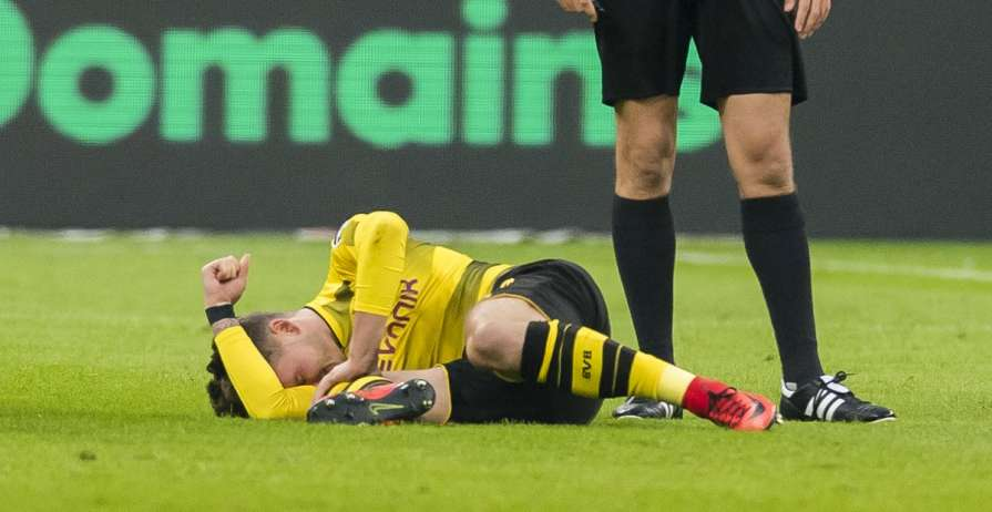 Філіп отримав травму в матчі