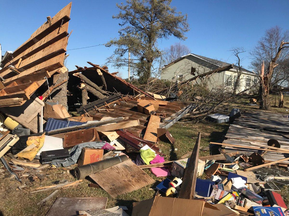 У США пронісся торнадо / twitter.com @ABC17News