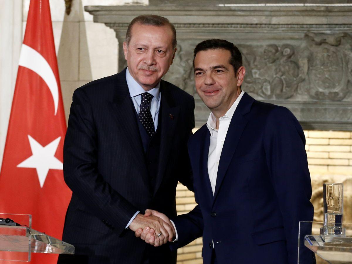 Президент Турции Реджеп Тайип Эрдоган и премьер-министр Греции Алексис Ципрас / REUTERS