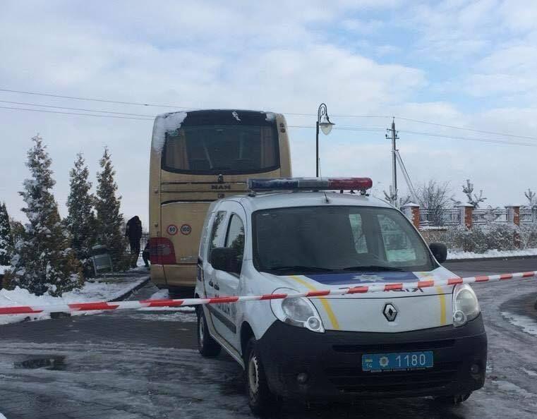 На момент инцидента салон автобуса был пуст / фото facebook.com/igor.zinkevych