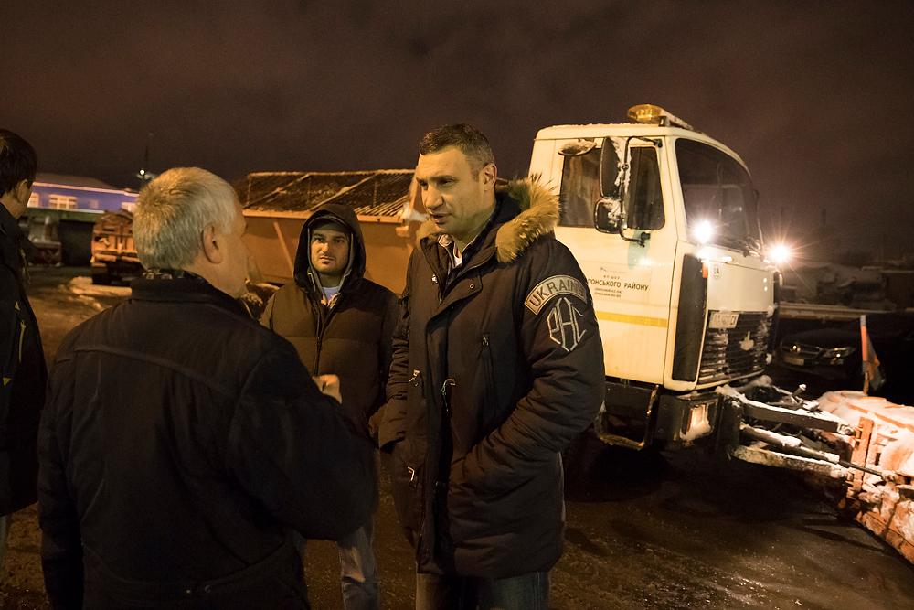 Кличко проверил, как убирают столичные улицы / Фото kyivcity.gov.ua