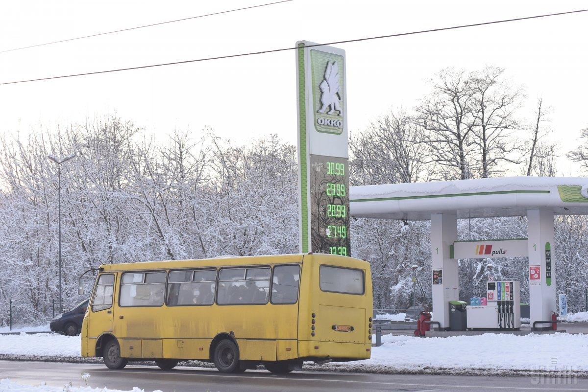 Розничная стоимость дизельного топлива превысила 30 гриввень за литр / фото УНИАН