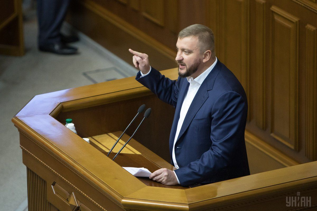 Петренко переконаний, що український парламент має можливість провести всі необхідні додаткові консультації та виправити положення закону / фото УНІАН