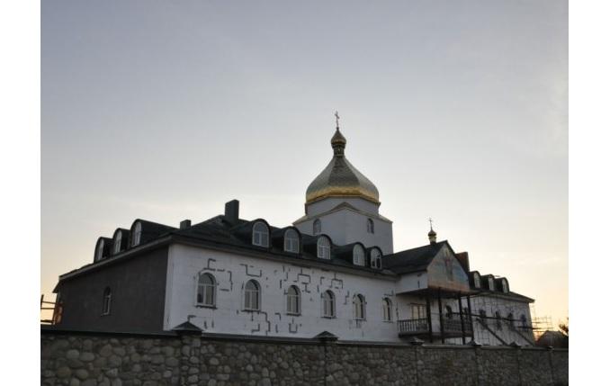 Петропавловский монастырь, который обокрал прислужник / uanewsnetwork.com