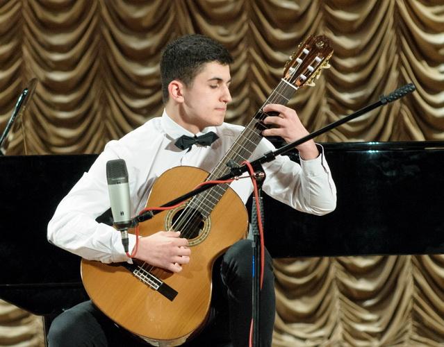ВВинницкой области установили рекорд государства Украины, исполнив неменее сотни произведений Леонтовича