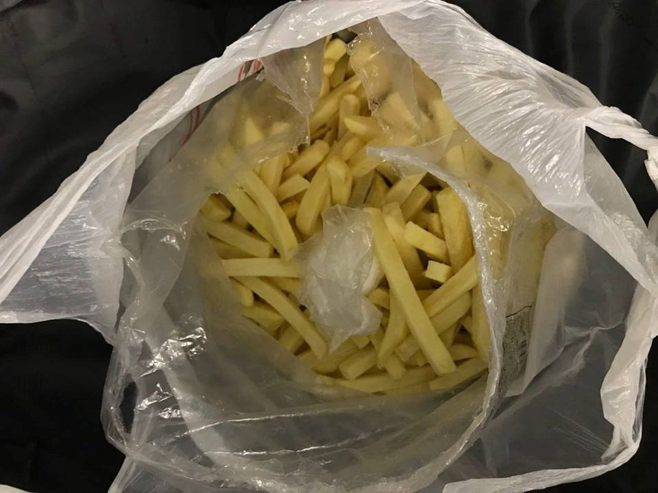 Таможенники нашли кокаин в картофеле фри / фото Государственная фиксальная служба