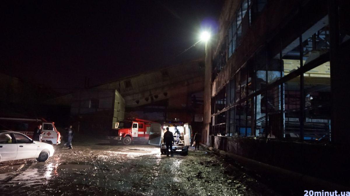 На заводе повылетали стекла / фото 20minut.ua
