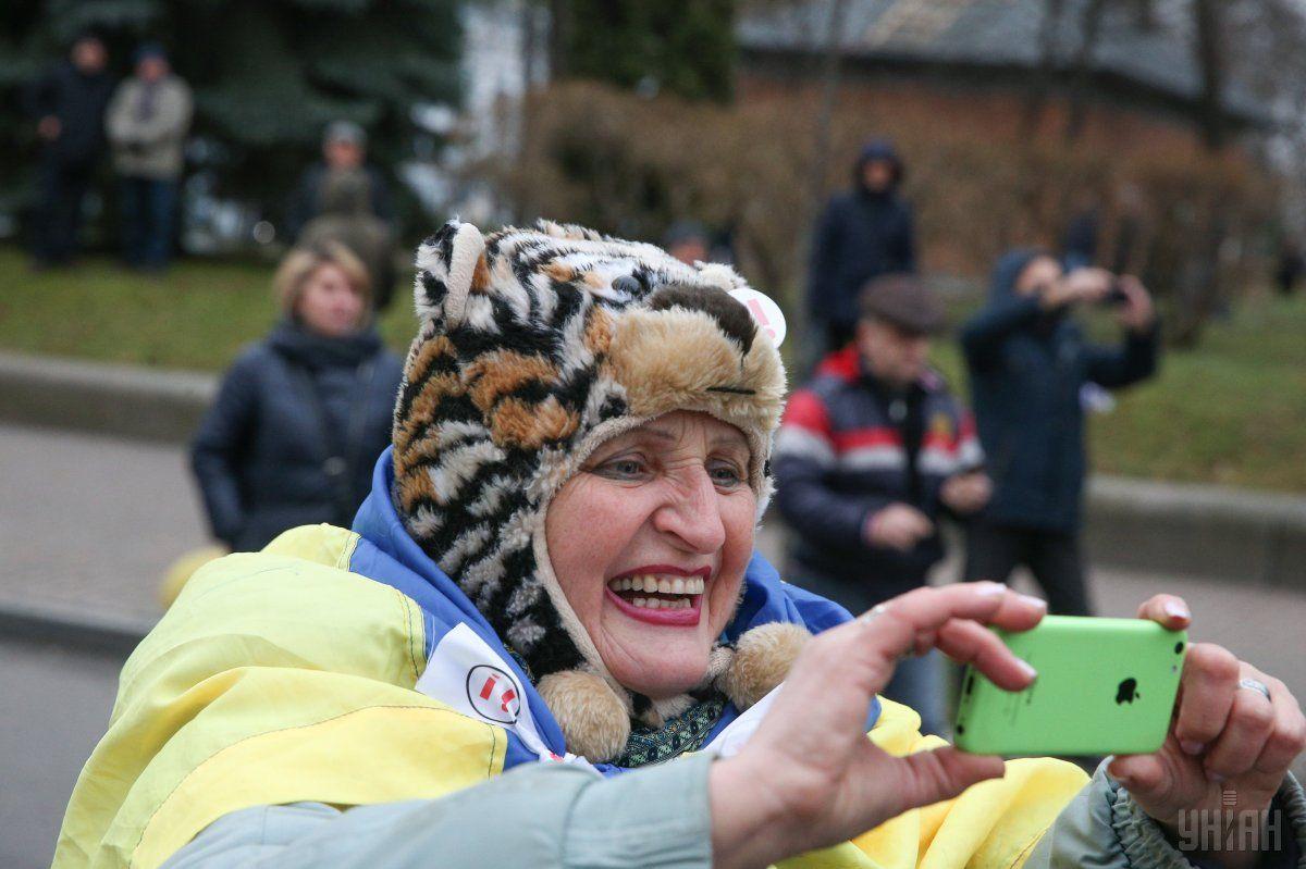 Послы Канады и Англии осудили приверженцев Саакашвили застычки около Октябрьского замка