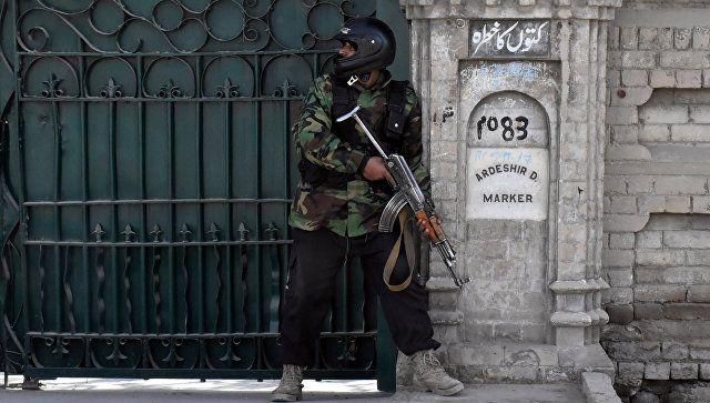При атаки смертника на церкву в Пакистані загинули вісім осіб / REUTERS