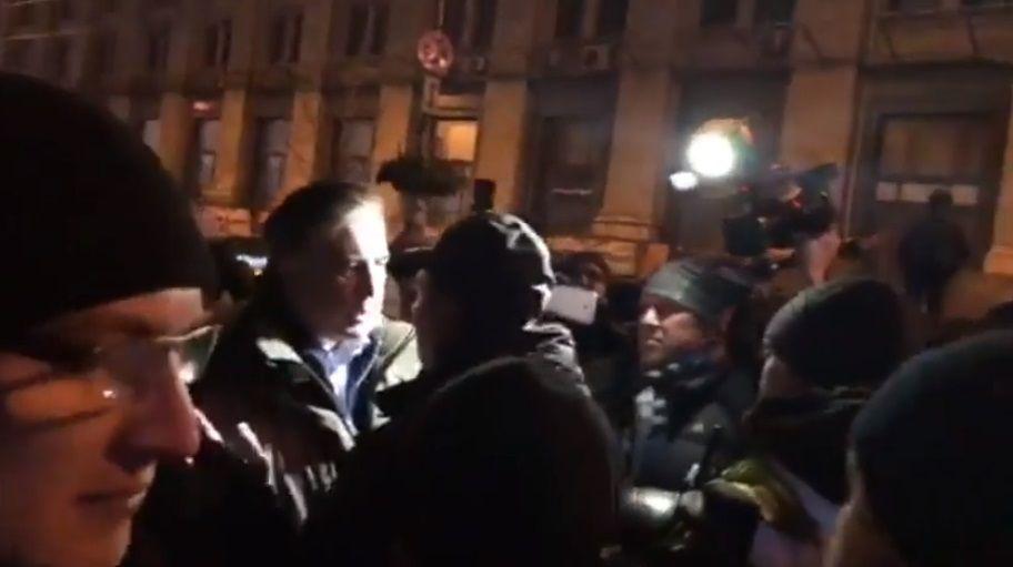Саакашвили обвинил полицейского в том, что он якобы пьян / Скриншот