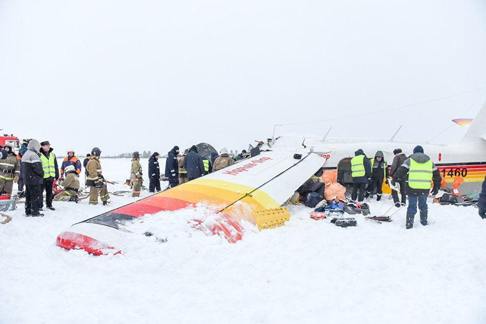 Всього на борту було 13 пасажирів і двоє льотчиків / Фото : НАО24 / Антон Тайбарей