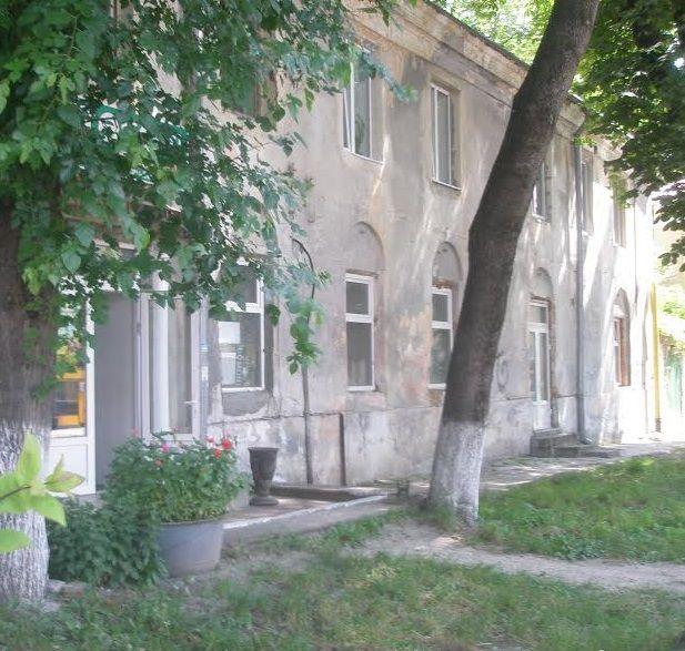 У приміщенні молитовного будинку знаходиться поліклініка і аптека / jewishnews.com.ua