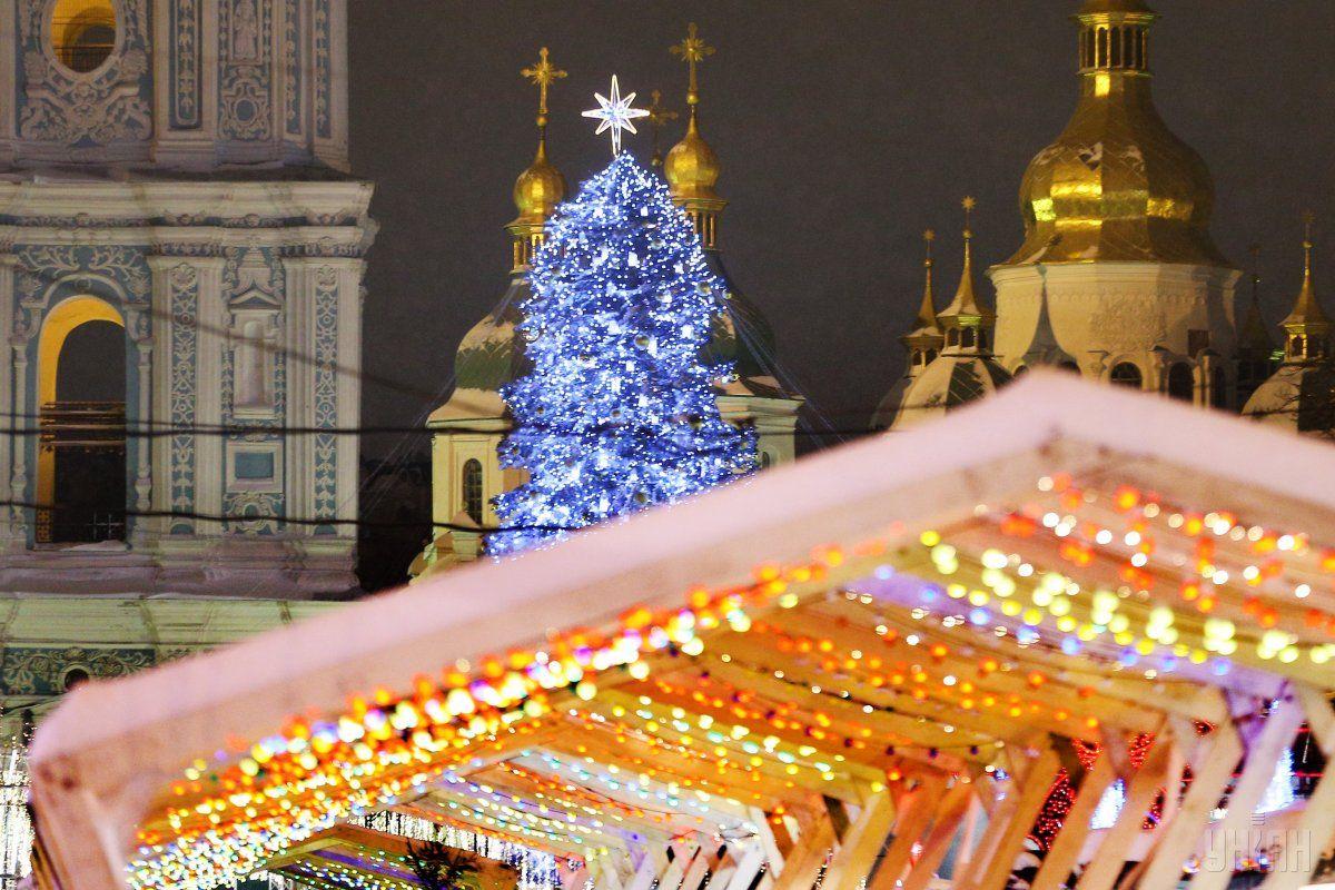 В Киеве празднуют Новый год  / фото УНИАН