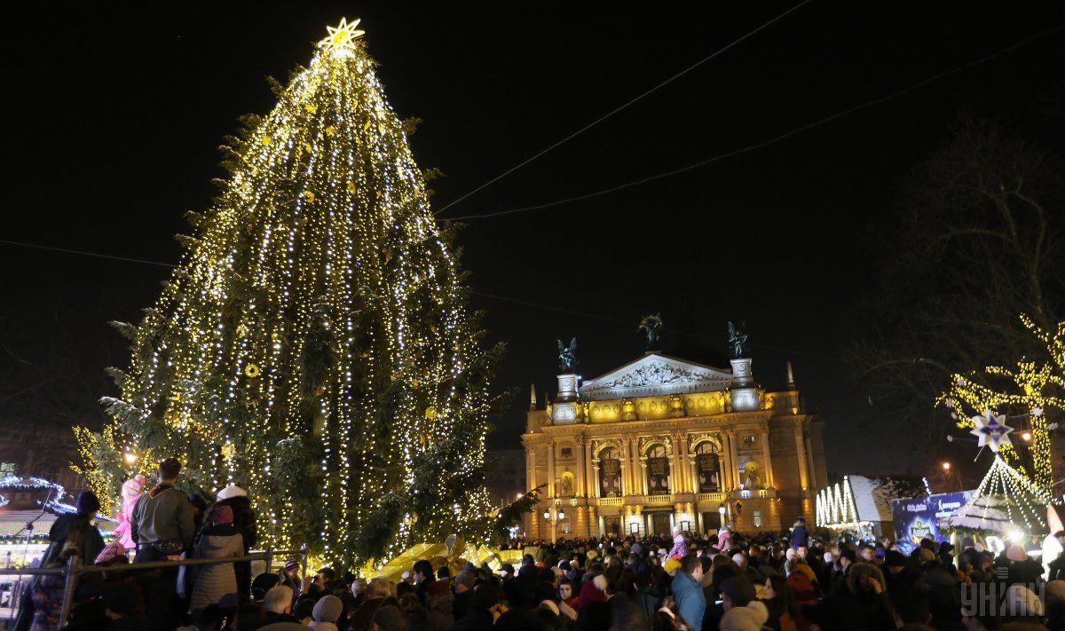 У 2017 році туристи залишили у Львові більше 600 млн євро / фото УНІАН