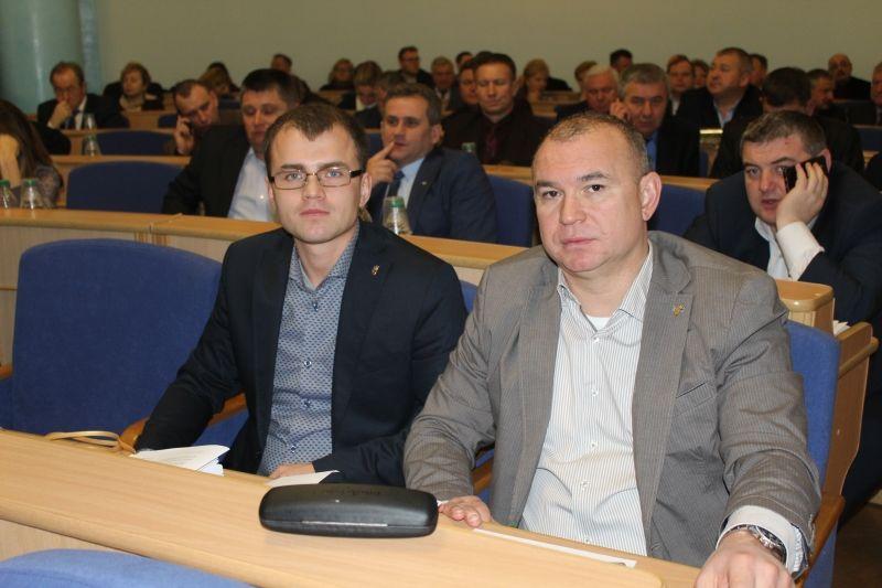 Бюджет на 2018 год депутатский корпус Винницкой области одобрил большинством голосов / фото vinrada.gov.ua