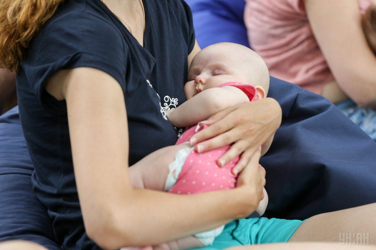 К выбору имени ребенка родителям следует относиться со всей ответственностью / фото УНИАН