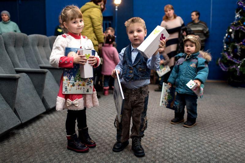 В конце праздника дети получили сладкие подарки / mitropolia.kiev.ua