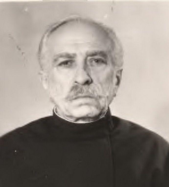 У сані диякона отець Димитрій служить понад 46 років / rovenky-ep.org.ua