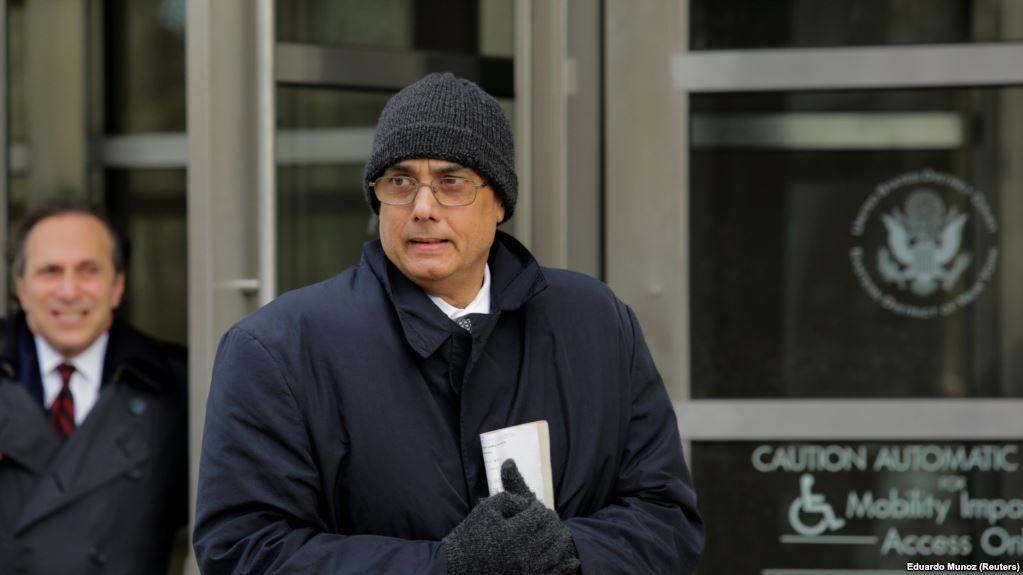 Бурґа является первым, кто был оправдан среди более чем 40 человек, обвиняемых в Соединенных Штатах в связи с расследованием коррупции в ФИФА / Reuters