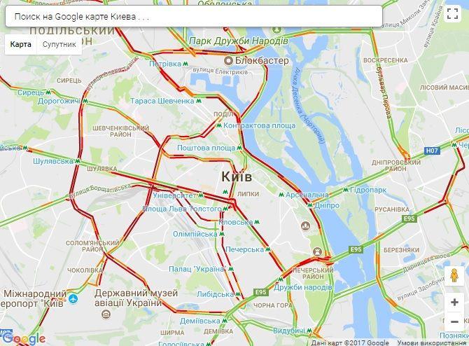Практично по всьому місту пробки / Скріншот infoportal.kiev.ua