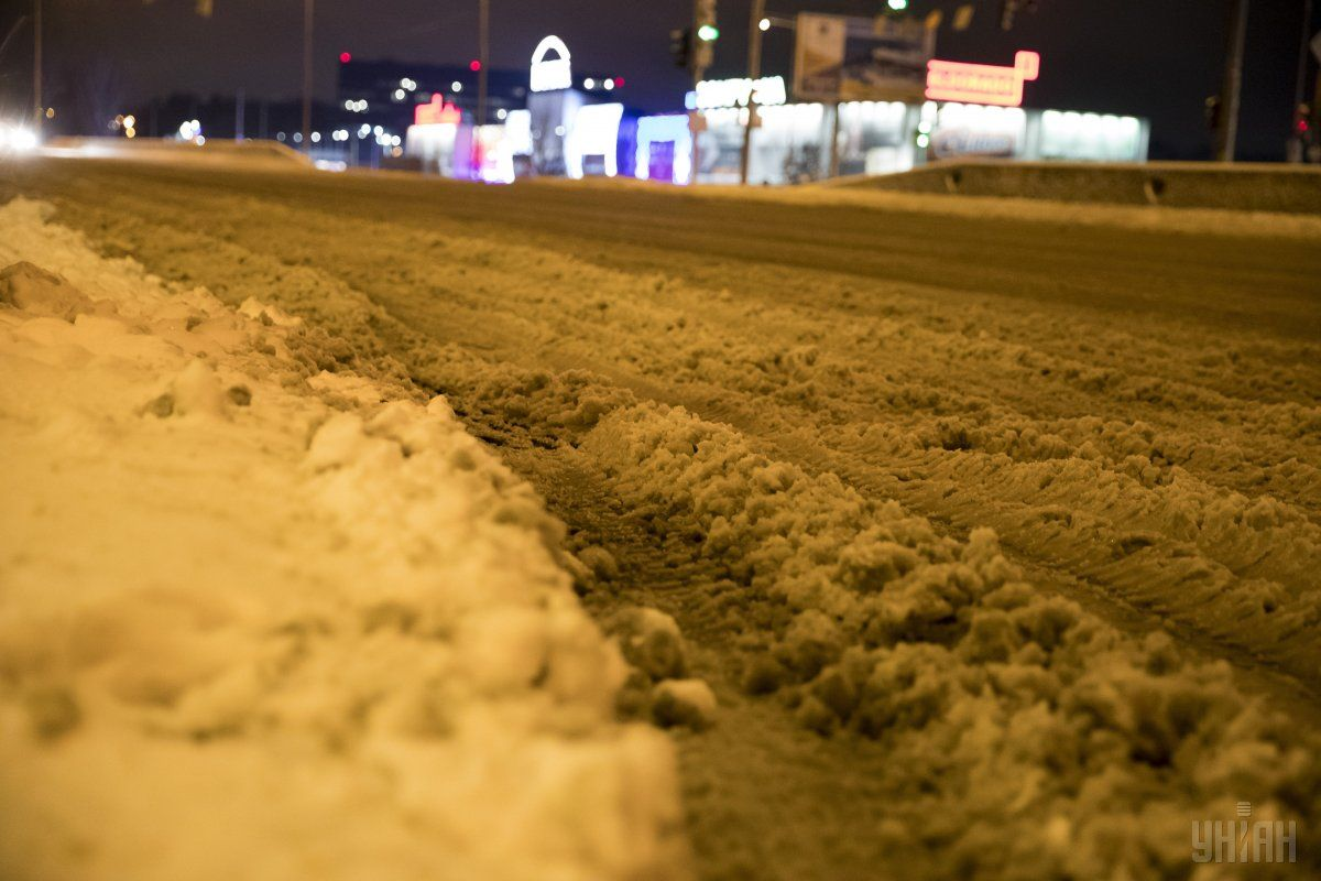 С улиц Киева вывезено более 47 тысяч тонн снега / фото УНИАН