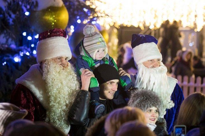Кличко-Морозы вспомнили детство и поздравили украинцев с наступающим Новым годом и Рождеством / kiev.klichko.org