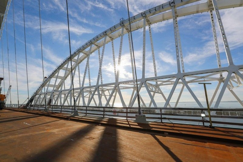 По мнению ученого, мост может рухнуть / фото КрымИнформ