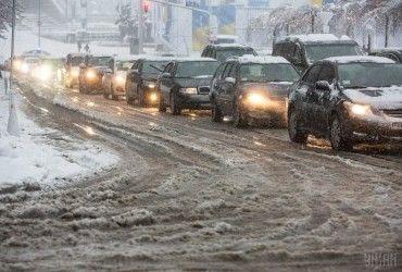 В Украине сняты все ограничения движения на автодорогах - МВД