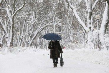 В Украине сегодня продолжатся снегопады, днем местами температура до +4° (карта)