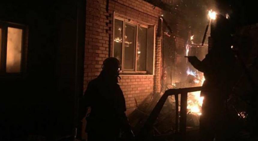 Обстрел Новолуганского: есть вероятность второго удара боевиков по поселку, четыре человека ранены