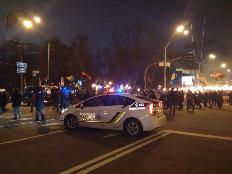 За порядком следят 100 правоохранителей \ Полиция Киева