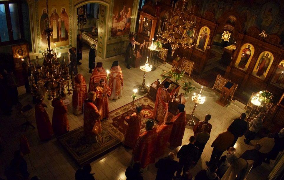 В архієрейській Літургії в Бердянську взяли участь понад 60 осіб / eparhiya.com.ua