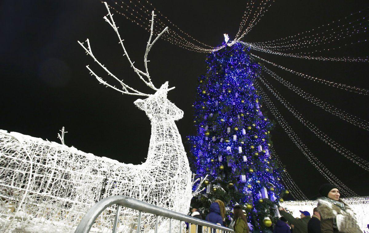 Киев в праздничных огнях / фото УНИАН