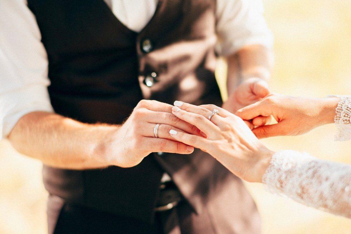Церква готуватиме молодих до подружнього християнського життя / weddywood.ru