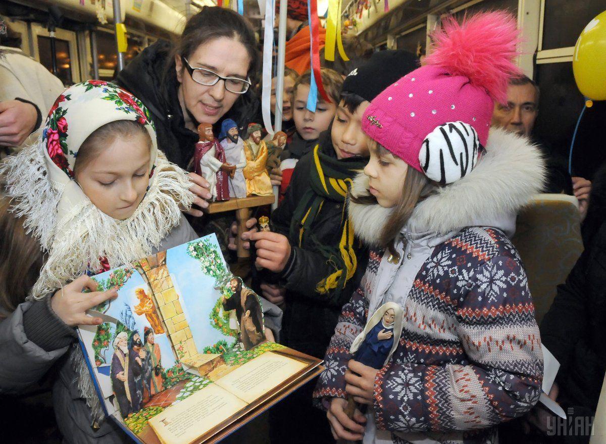 На Рождество в Харькове появится праздничный трамвай / фото УНИАН