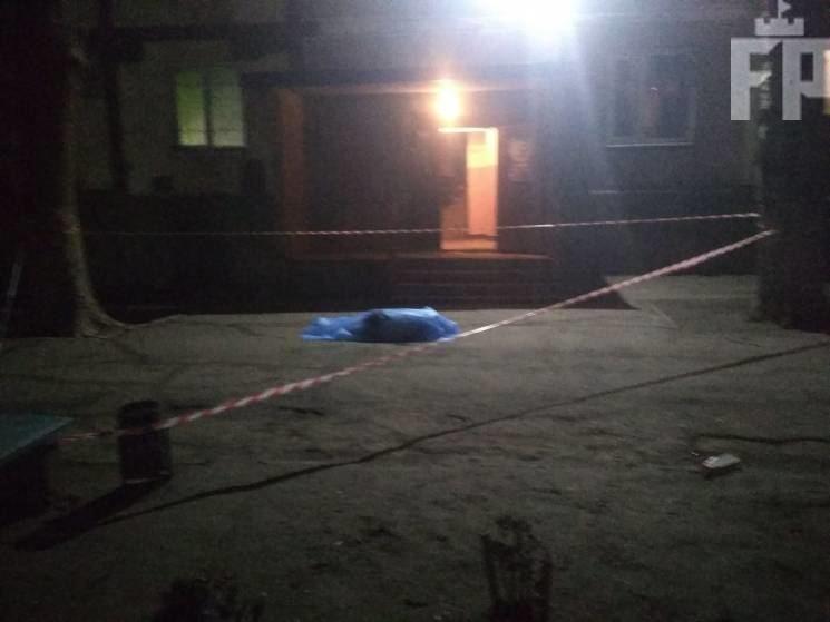 Ребенок погиб в результате падения на нее мужчину / фото forpost.media