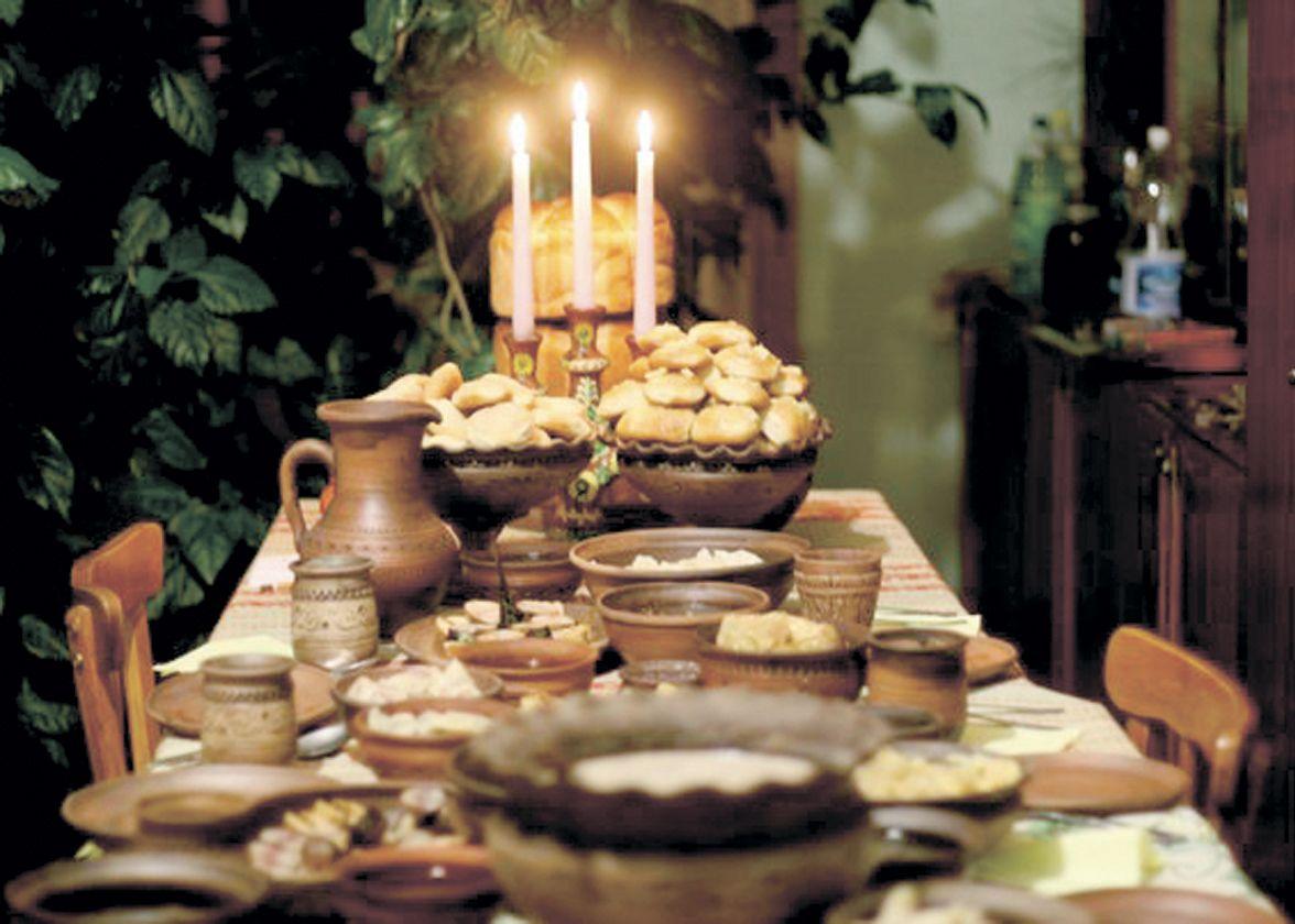 На столі має бути 12 пісних страв, на честь 12-ти апостолів / dzerkalo.media