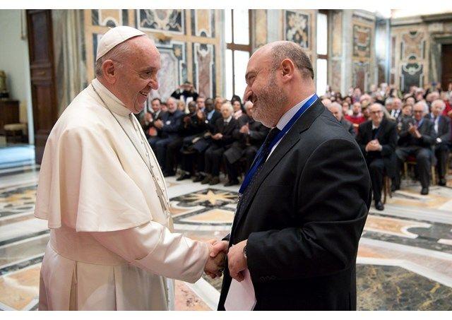Папа пояснив, що у суворому сьогоденні дітей слід навчати відстоювати свою позицію / uk.radiovaticana.va