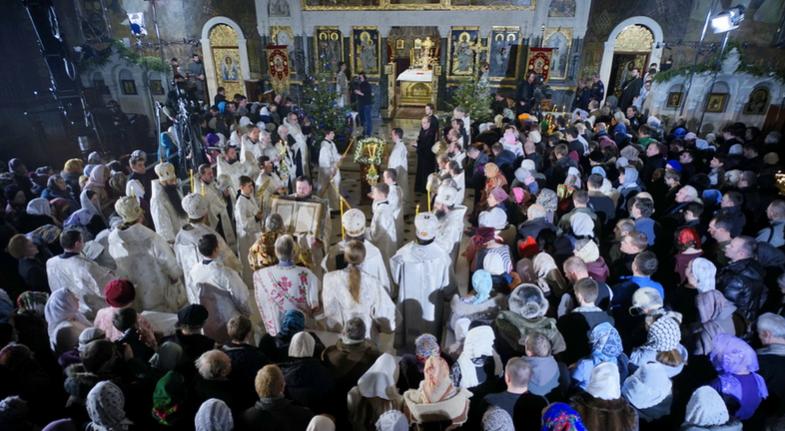 Різдвяне богослужіння в Києво-Печерській лаврі / kievvlast.com.ua
