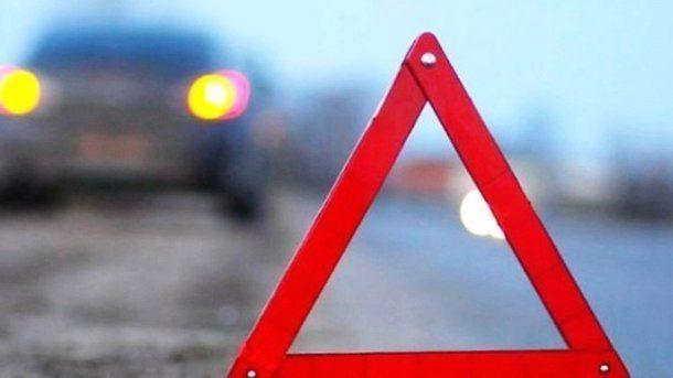 Жителька Львівщини, керуючи автомобілем Volkswagen, зіткнулася із мотоциклом BMW / фото prm