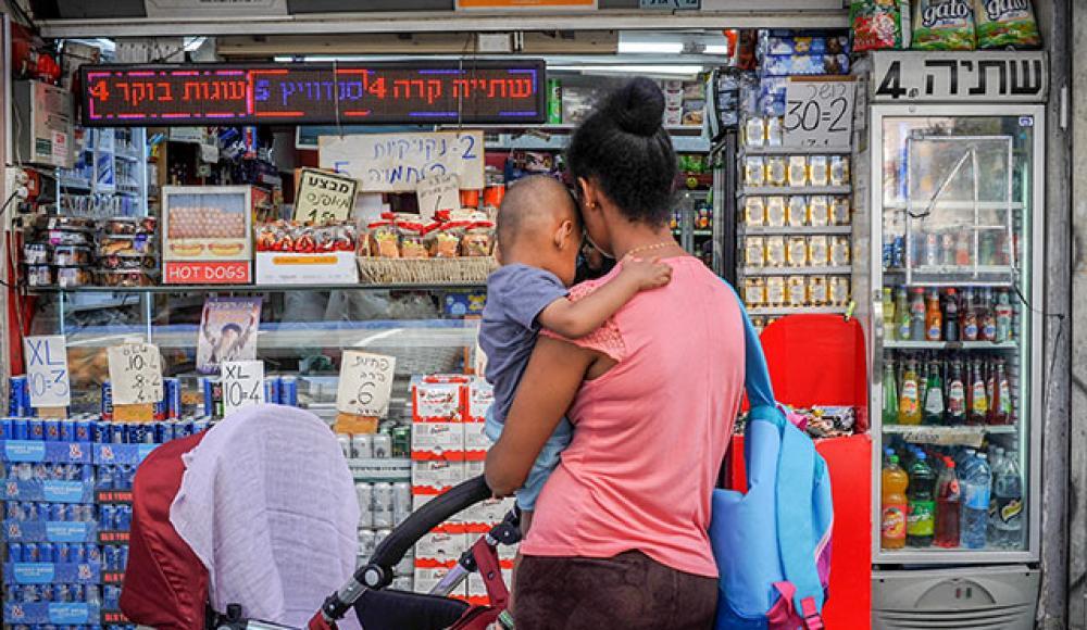 Органы местной власти не смогут утверждать работу магазинов в выходные дни / stmegi.com