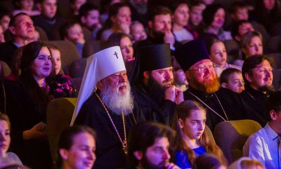 Більше тисячі дітлахів прибули на запрошення митрополита Агафангела / eparhiya.od.ua