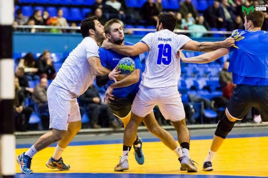 Збірна України з гандболу стартувала у відборі до чемпіонату світу / facebook.com/pg/media2015team