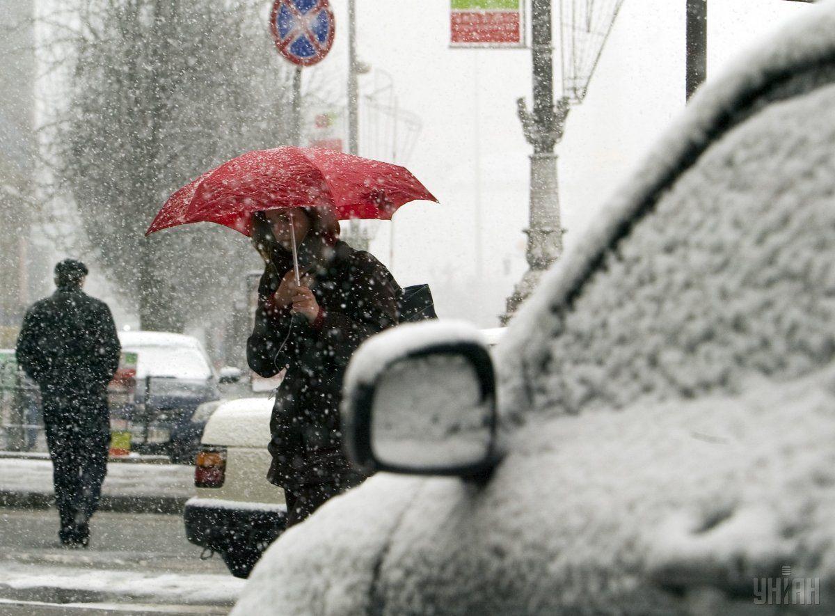 У понеділок в деяких областях очікуються значні опади / фото УНІАН