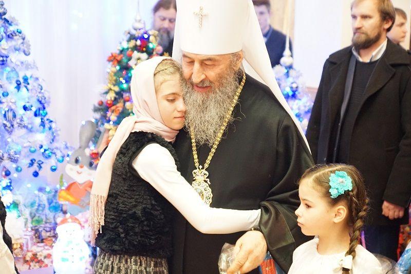 Предстоятель посетил детей, которыми занимаются при Банченском монастыре / news.church.ua